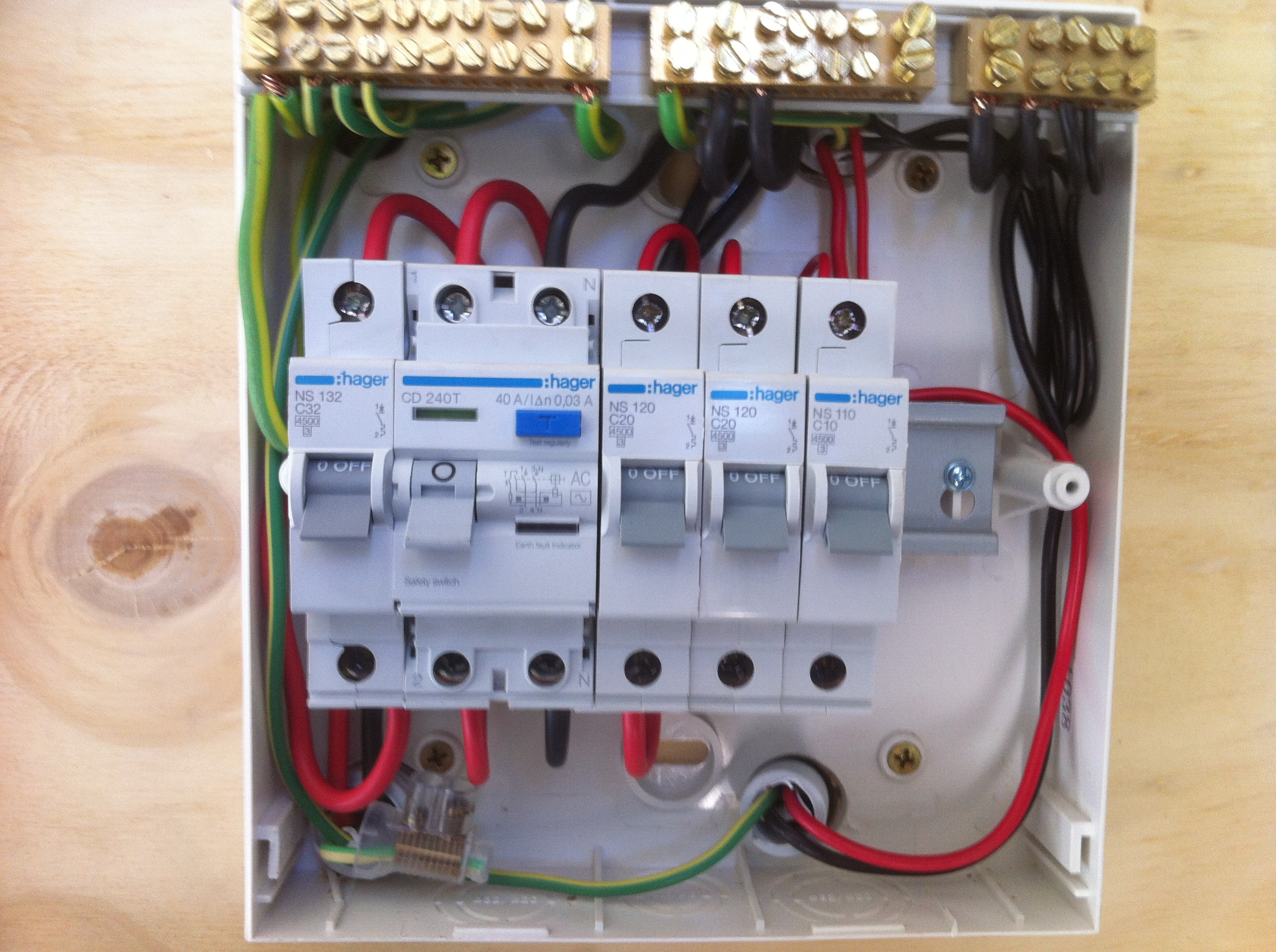 Switchboard wiring au electrical drawing wiring diagram services astra electrical rh astraelectrical com au domestic switchboard wiring diagram australia switchboard wiring diagram australia cheapraybanclubmaster Gallery